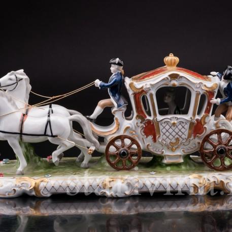 Фарфоровая композиция Карета запряженная парой лошадей, Unterweissbach, Германия, вт. пол. 20 в.